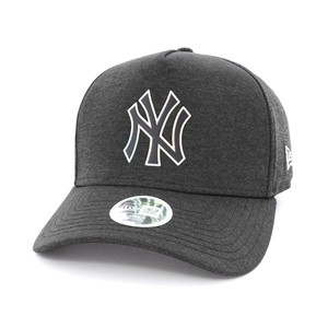 New Era Women's Iridescent Ny Yankees Lady's Cap Black Osfa