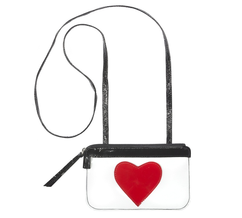 House Of Cases Coco Black/Red Heart Beach Bag