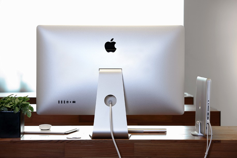 Just Mobile Alubase Macbook Stand