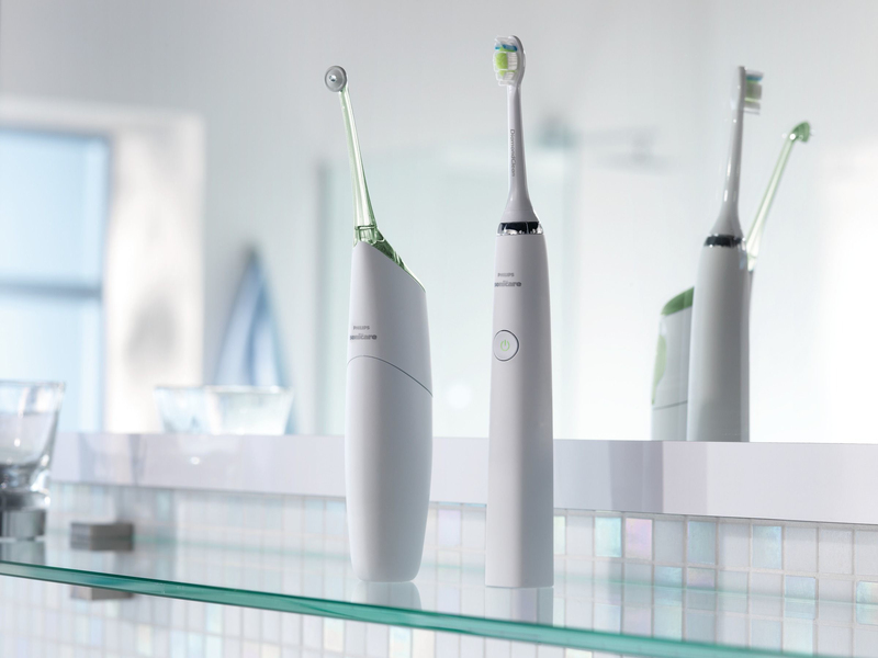 PHILIPS Sonicare DiamondClean Ceramic White Sonic Electric Toothbrush