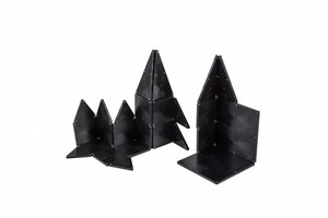 Magna-Tiles Black 32 Piece Building Set
