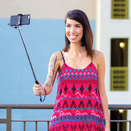 Retrak Pocket Wired Selfie Stick
