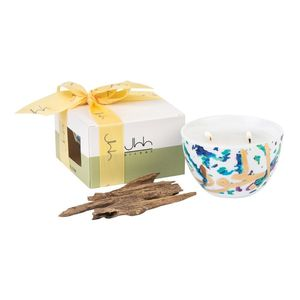 Silsal Oud Scented Fairuz Candle In A Gift Box