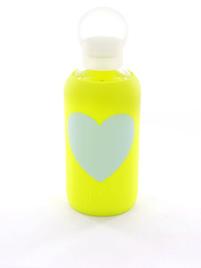 BKR Gigi Heart Opaque 500Ml Lime Yellow W/Light Blue Heart Water Bottle