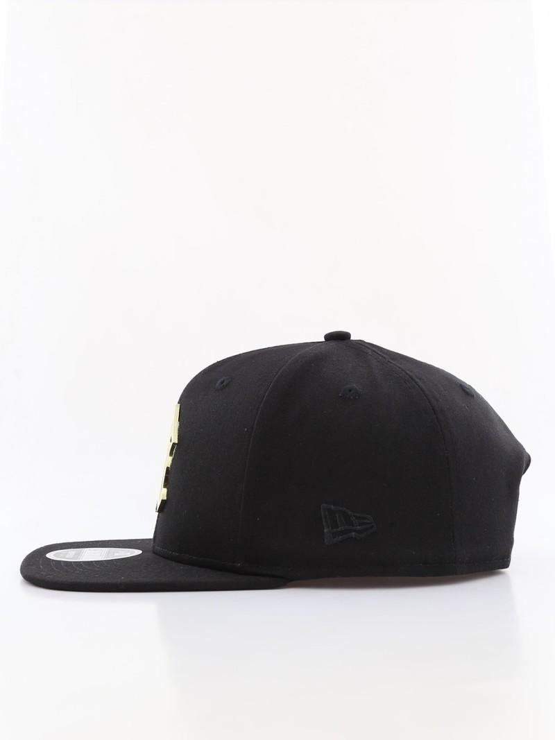 22ea17995f8 ... New Era Metal Badge Ny Yankees Men s Cap Black M L