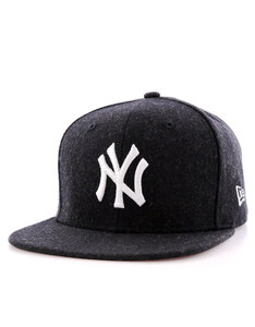 New Era MLB Melton Snap NY Yankees Black Cap