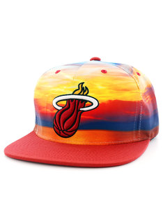 Mitchell & Ness Miami Heat Sunset Red Snapback Cap