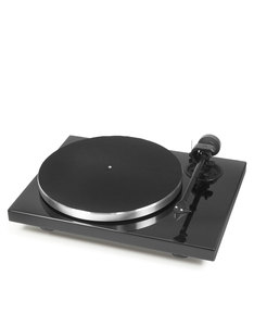 Pro-Ject 1Xpression Carbon Classic Piano Turntable