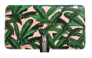 Alice Scott Out Of Office Travel Wallet