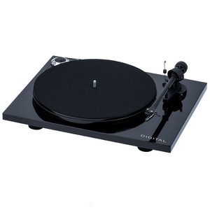 Pro-Ject Essential III Digital Piano Turntable