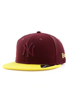 New Era Diamond Era Essential NY Yankees Maroon/Yellow Cap
