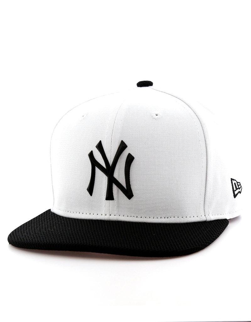 982740bcbd32a New Era Rubber Prime NY Yankees Optic White Black Cap