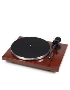 Pro-Ject 1Xpression Carbon Classic Mahogany Turntable