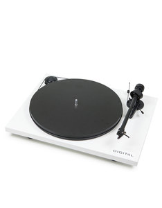 Pro-Ject Essential II Digital White Turntable