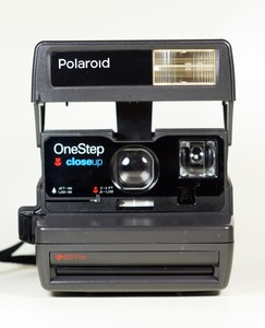 Polaroid 600 One Step Close Up Camera