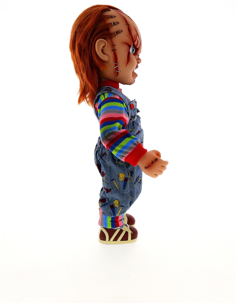 Play Toys For Grown Ups : Child s play living dead doll mega chucky figures