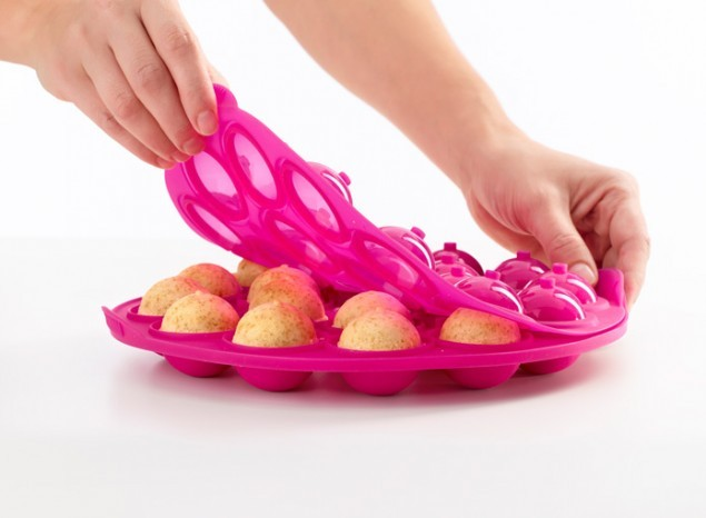 Lekue Cake Pops Fushia Moulds-18 Cavities