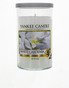 Yankee Candle Decor Medium Pillar White Gardenia