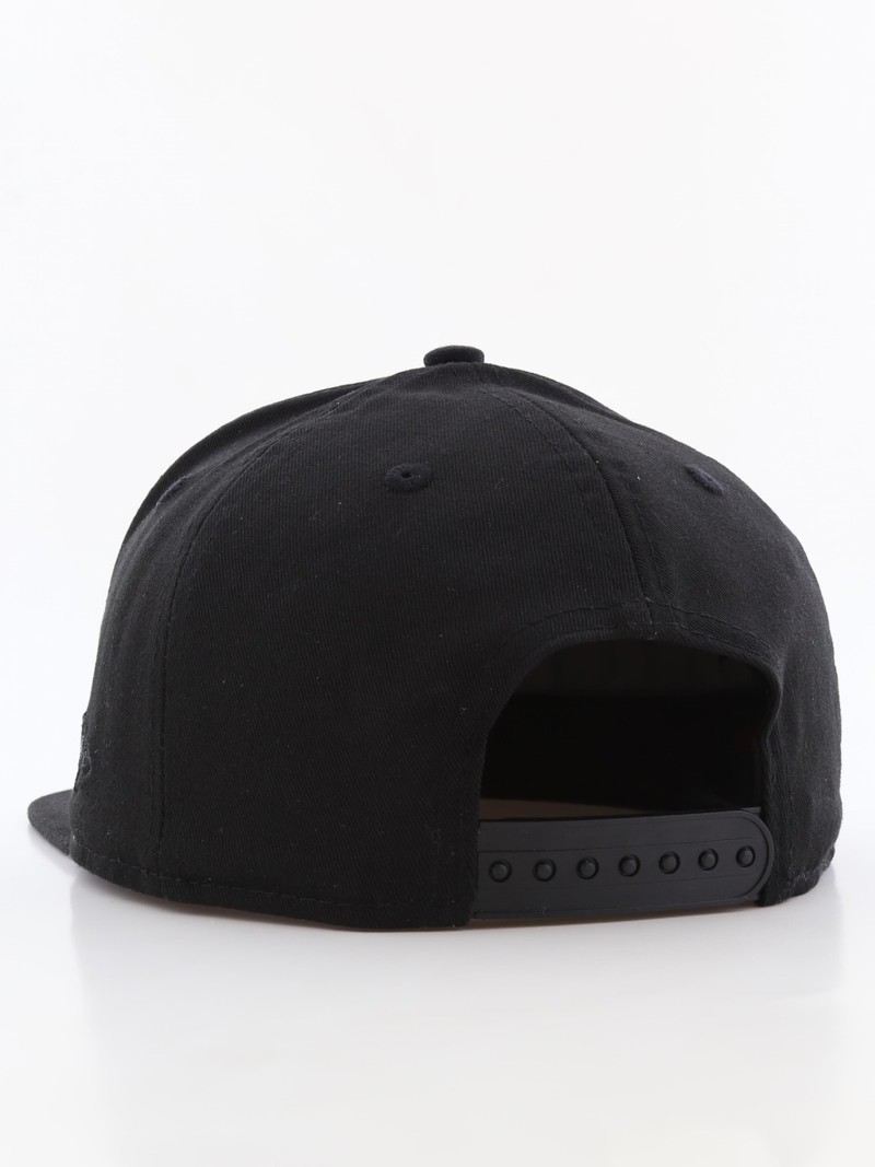 0f68fb31c99 ... New Era Metal Badge Ny Yankees Men s Cap Black M L ...