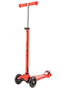 Maxi Micro Deluxe Scooter Red