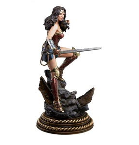 Sideshow Wonder Woman BVS Premium Format Fourth Scale Figure