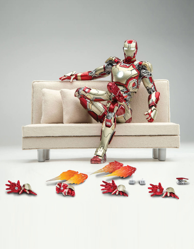 Grown Up Toys : Comicave super alloy scale iron man mk figure
