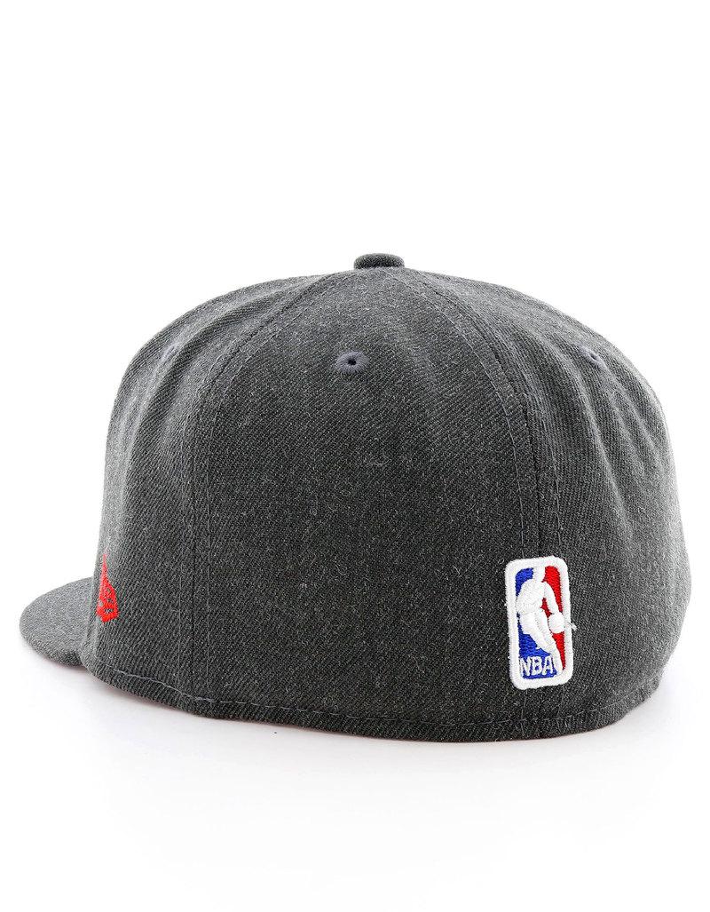 New Era NBA Heather Fitted Chicago Bulls Black Cap  7c13790e360