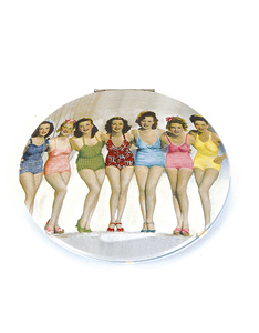Cats Eye Bathing Belles Clam Mirror