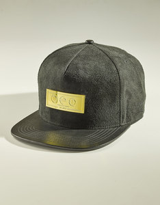 World Peace Design The Crown Cap
