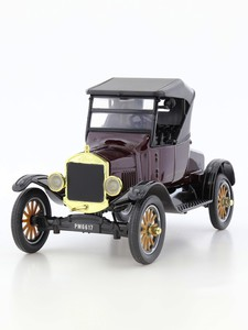 Motormax 1:24 1925 Ford Model T-Runabout Soft Top Die-Cast Model