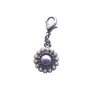 Bombay Duck Vintage Pearl Flower Blue Charm