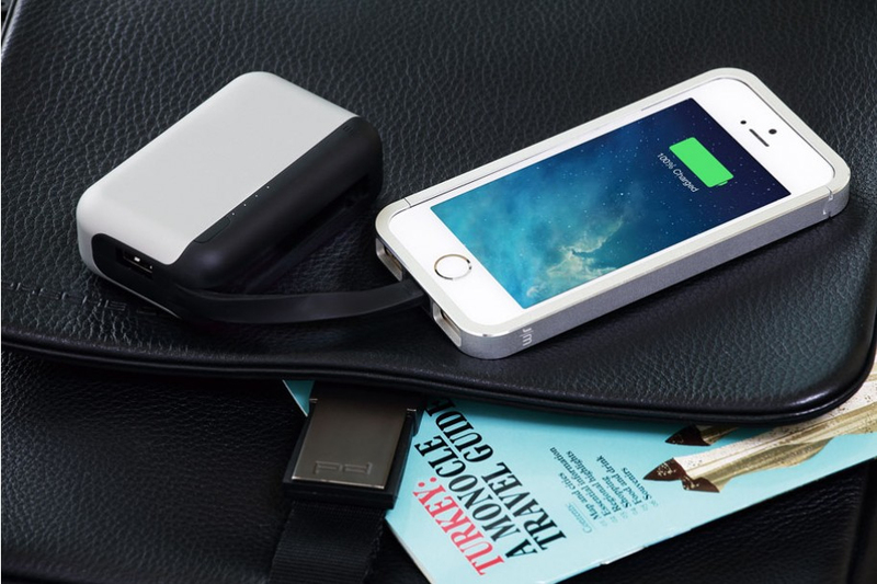 Just Mobile Topgum++ W/Charging Dock 6000Mah